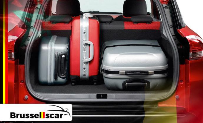 voiture de location à Agadir et Marrakech Économique Renault Clio 4 5 places pas cher chez Brusselscar